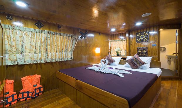 Sawasdee Fasai Thailand Liveaboard Master Cabin 1