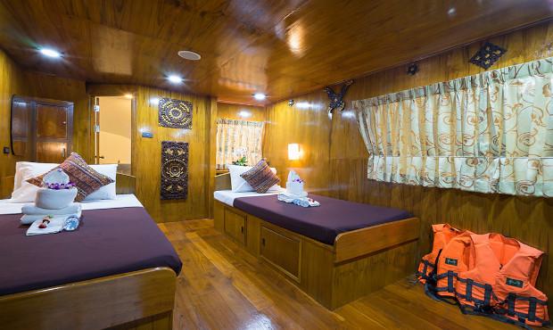 Sawasdee Fasai Thailand Liveaboard Master Cabin 2