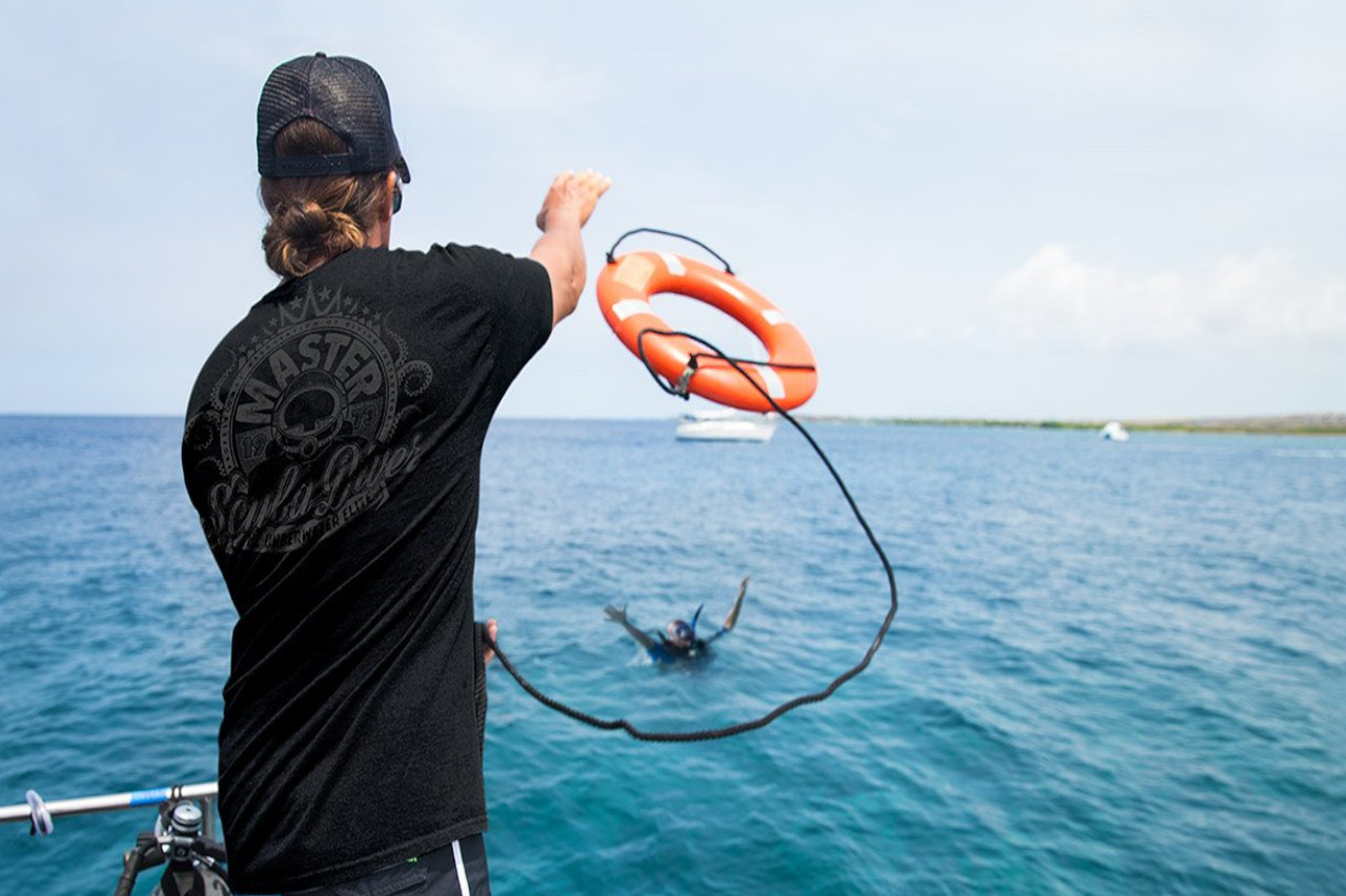 Luna Diving PADI Rescue Diver Phuket Thailand